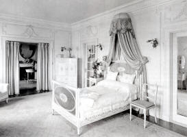 Loula Long�s Bedroom, 1912