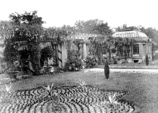 A garden at Corinthian Hall