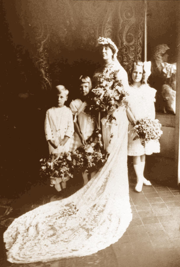 Loula Long Combs� Wedding Picture